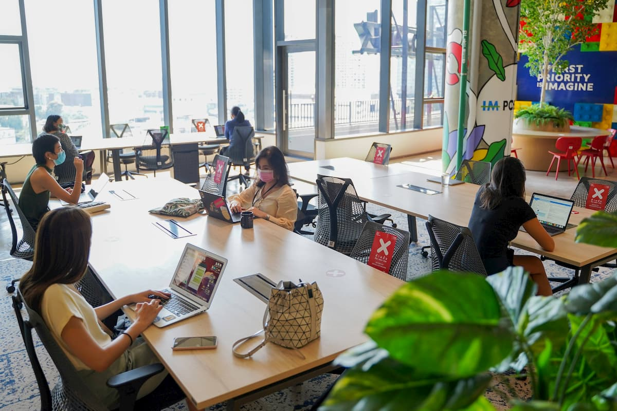 ทำไมคนยุคใหม่และสตาร์ทอัพถึงเลือก Co-working space เป็นที่ทำงานกัน?