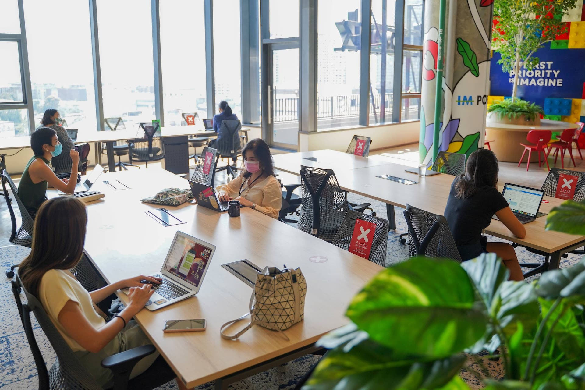 Rent a Fully-furnished Office at True Digital Park